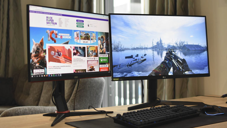 How to set up two monitors