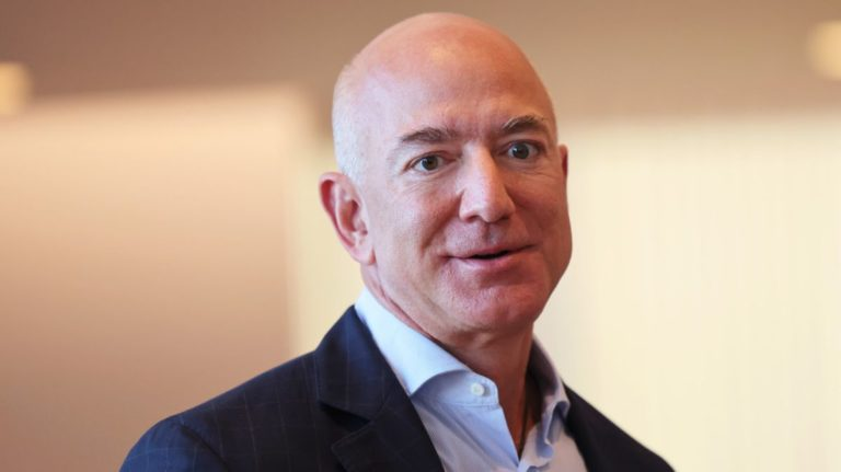 Jeff Bezos heralds New World's success 'after many failures and setbacks in gaming'