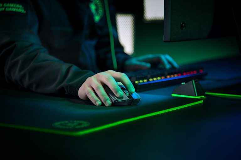 Razer streaming gear is discounted at Amazon UK